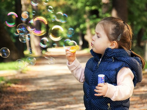 Features of the psychology of a child 2–3 years old, tips for proper upbringing